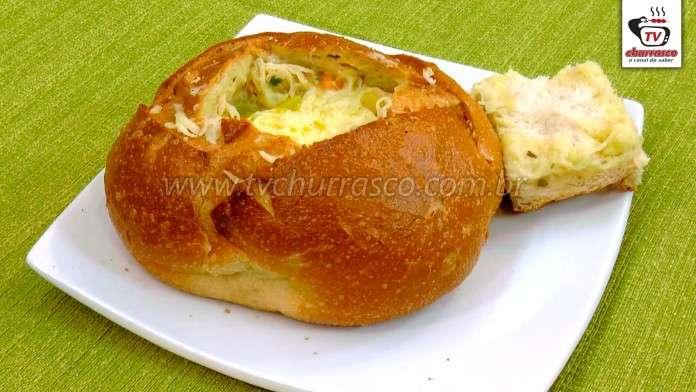 Sopa de Legumes com Frango no Pão Italiano