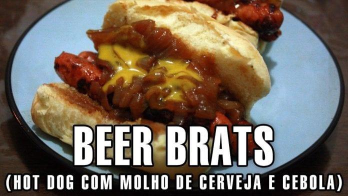 Receita de Hot Dog com Molho de Cerveja e Cebola Caramelizada (Beer Brats) - Churrasco - BBQ em Casa