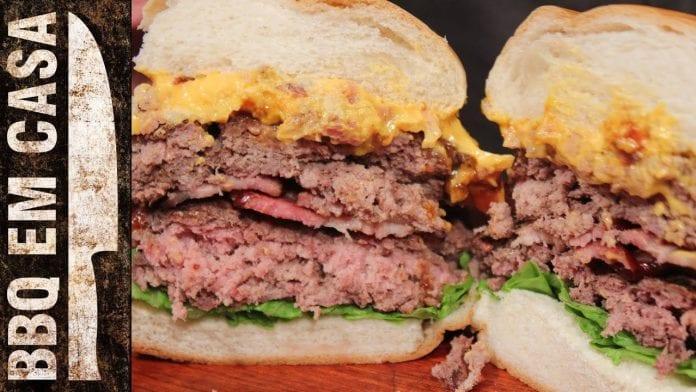 Receita de Double Cheddar Bacon Burger (Hambúrguer Duplo) - BBQ em Casa