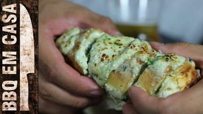 Receita de Pasta Quatro Queijos (Four Cheese Bread) - BBQ em Casa