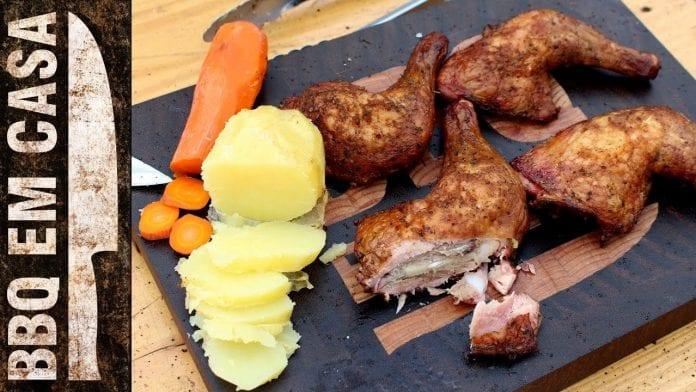 Receita de Smoked Chicken Legs (Coxas de Frango Defumadas) - BBQ em Casa