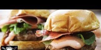 Burger Suíno - com Cebola Caramelizada e Creme de Queijo - Barbaecue