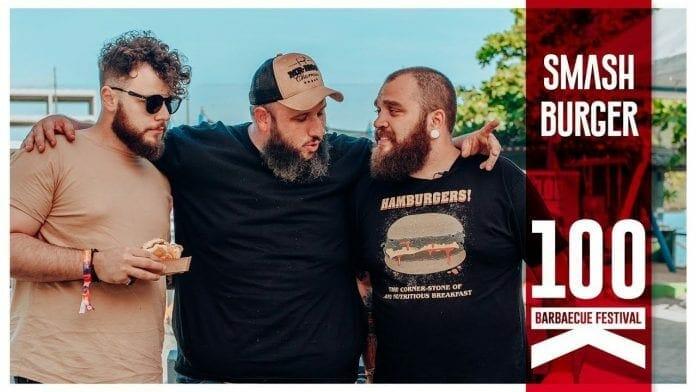 Smash Burger - Especial 100k Barbaecue - Participação Tadeu Canal Rango e Rafa Canal Rango do Rafa - Barbaeucue